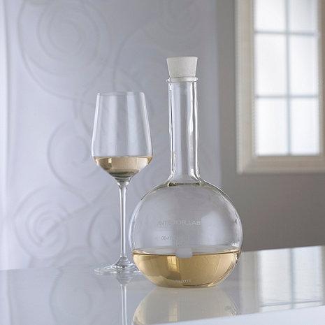 http://wineenthusiast.scene7.com/is/image/WineEnthusiast/f/n/w/465/29582.jpg