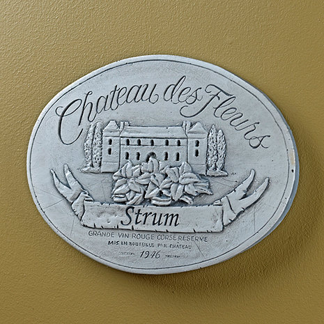 Personalized Chateau des Fleurs Label Wall Plaque (White Wash)