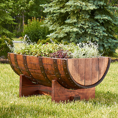 Reclaimed half barrel planter wine enthusiast for Decoration jardin tonneau