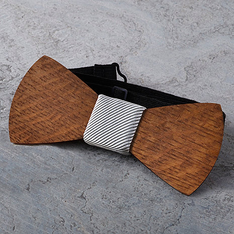 Reclaimed Wine Barrel Wooden Bow Tie