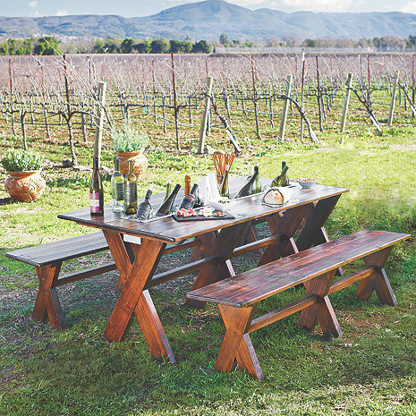 Carneros Picnic Table with Chilling Trough and Benches