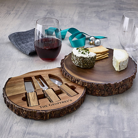 Live Edge Cheeseboard With Spreaders