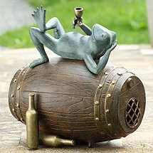 Connoisseur Frog Sculpture & Bluetooth Speaker