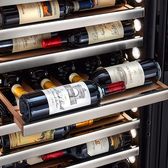 "Vinotheque Café Single Zone 22.5"" Counter-Depth Wine Cellar with Steady-Temp™ Cooling (Edge-To-Edge Glass Door)"